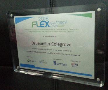 semi-flex-award-plate